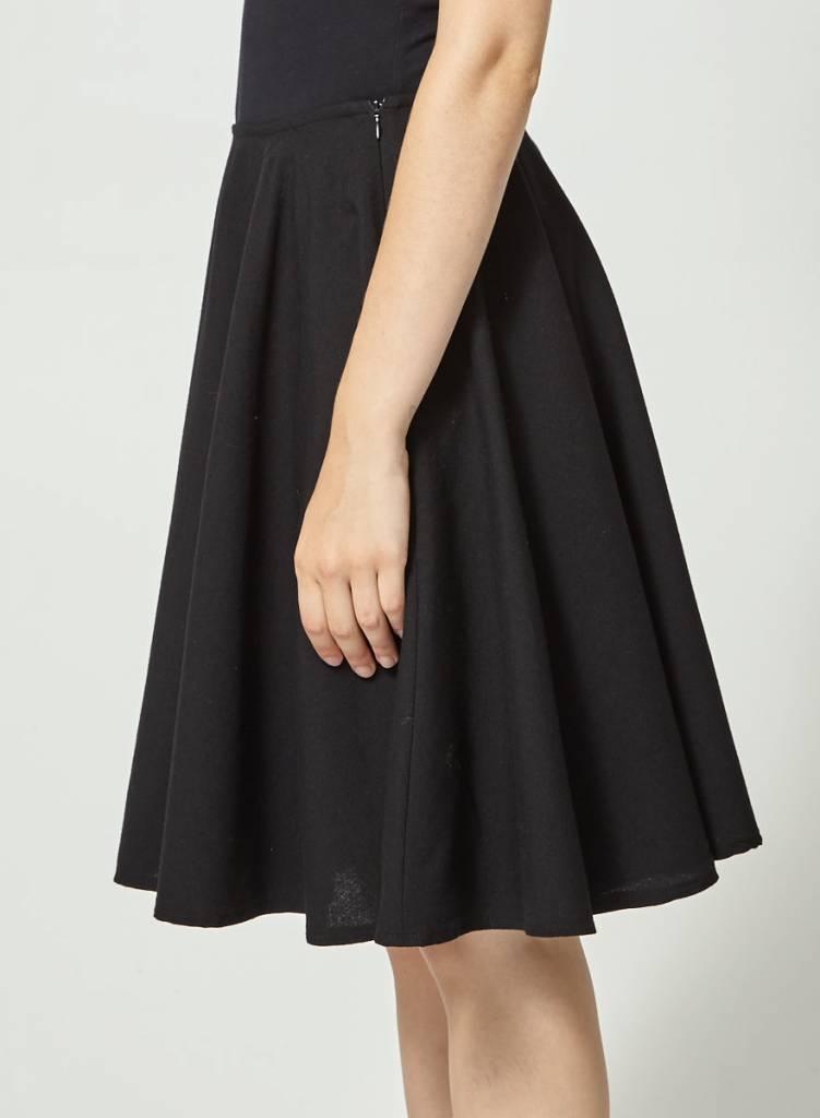 Betina Lou Jupe noire à plis en laine