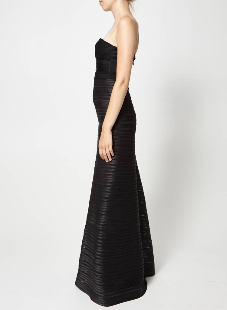 BCBG Max Azria Solde - Robe de soirée noire à bandes