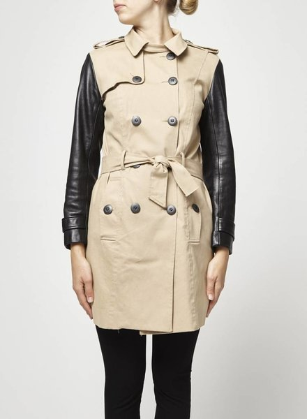 Hip and Bone TRENCH BEIGE MANCHES NOIRES EN CUIR