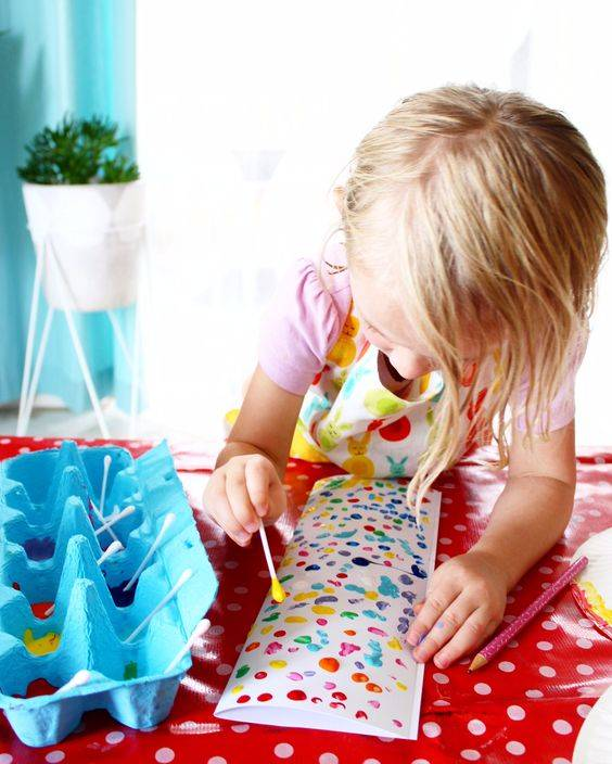 """Kid's Craft Projects for a """"Staycation"""""""