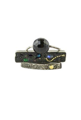 Beth Orduna Design Three Band Mixed Sapphire and Emerald Ring