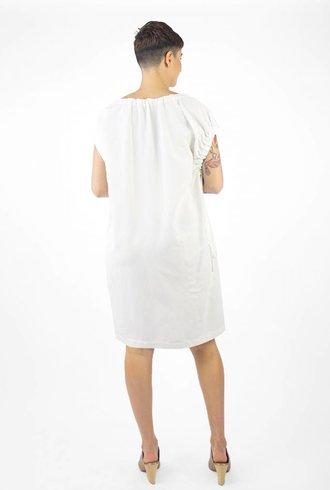 Pomandere Crew Neck Dress White