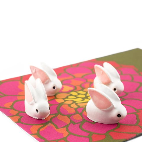THREE BY THREE Bunny Magnet