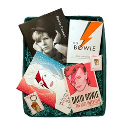 Bowie Book Club Gift Box