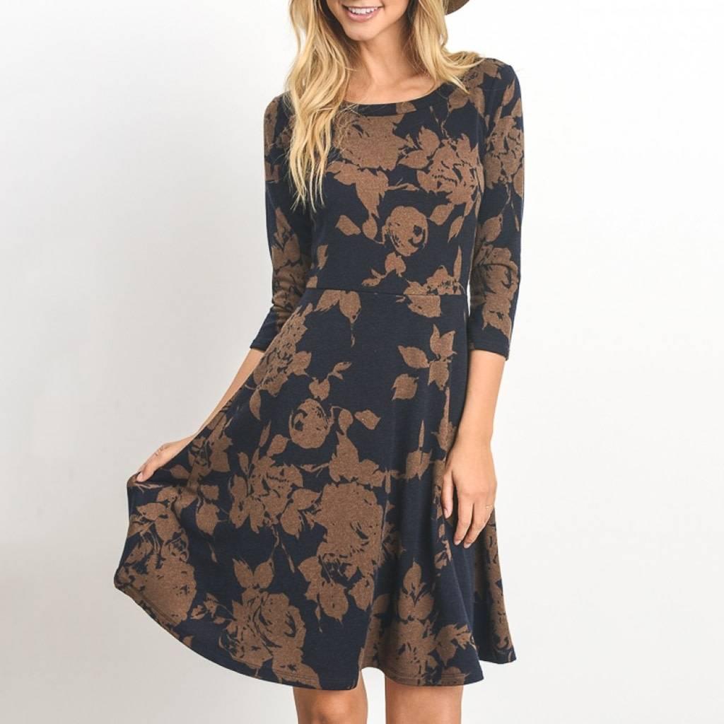 Gilli 3/4 Sleeve Stencil Floral Skater Dress