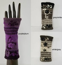 Yak & Yeti Embroidered Bloom Fleece-Lined Wrist Warmers