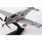 Daron Worldwide Trading . DRN 1/100 P-51D MUSTANG BIG BEAUTIFUL DOLL