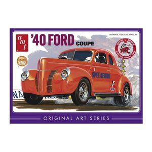 AMT\ERTL\Racing Champions.AMT 1/25 40 FORD COUPE