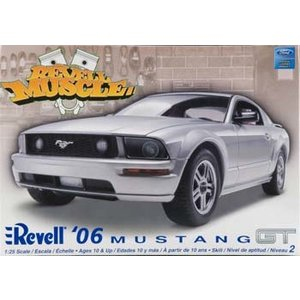 Revell Monogram . RMX 1/25 06 MUSTANG GT