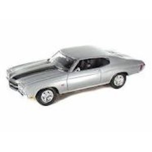 Welly . WEL 1/18 CHEVROLET CHEVELLE '70 SL