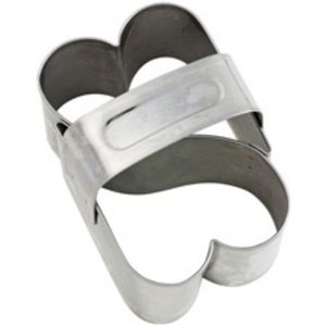 Wilton Products . WIL HEARTS DBLE SHAPE CUTTERS