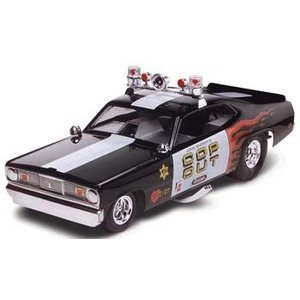 Revell Monogram . RMX 1/24 PLYMOUTH DUSTER COP OUT