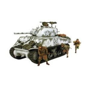 Tamiya America Inc. . TAM 1/35 M4A3 SHERMAN 105MM HOWITZ