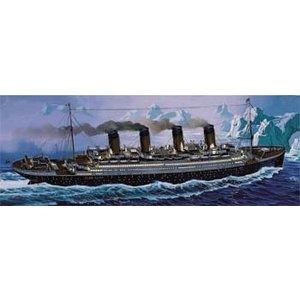 Revell Monogram . RMX RMS TITANIC 1/570