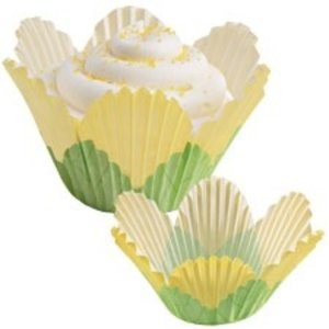 Wilton Products . WIL YELLOW PETAL BAKING CUPS 24PK