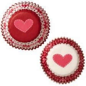 Wilton Products . WIL VALENTINE MINI BAKING CUPS