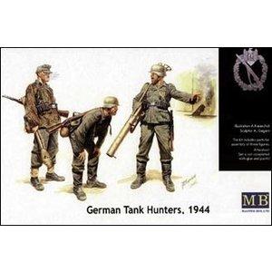 Masterbox Models . MTB 1/35 GERMAN TANK HUNTERS '44