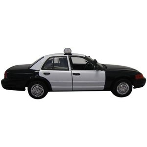 Motor Max . MMX 1/18 2001 CROWN VIC POLICE CAR