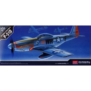 Academy Models . ACY 1/72 P51D MUSTANG FIGHTER