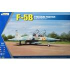 Kinetics . KIN 1/48 F-5B Freedeom Fighter
