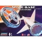 Lindberg . LND 1/200 SPACE BASE SAT EXPLORER
