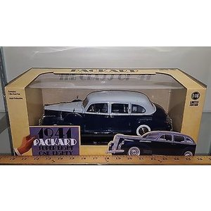 Green Light Collectibles . GNL 1/18 41 PACKARD SUPER EIGHT ONE-EIGHTY BLUE