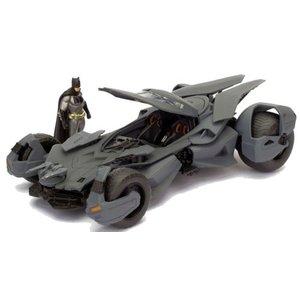 Jada Toys . JAD 1/24 2016 BATMAN VS SUPER BATMOBILE