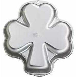 Wilton Products . WIL PAN SHAPED SHAMROCK