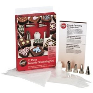Wilton Products . WIL 12PC BROWNIE DECORATING SET