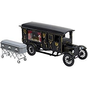 Green Light Collectibles . GNL 1/18 21 CURVED HEARSE BLK