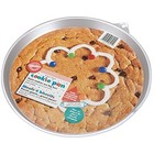 Wilton Products . WIL Giant Round Cookie Pan