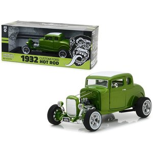 Green Light Collectibles . GNL 1/18 1932 Custom Ford Hot Rod