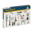 Italeri . ITA WWII Road Signs