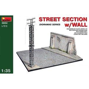 Miniart . MNA 1/35 Street Section W/Wall