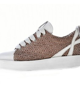 C6 ELEN PLATFORM SHOE WITH PERFORATED TOPS