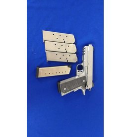 Kimber Kimber .45ACP  less than 500 rd with trigger job 5 mags