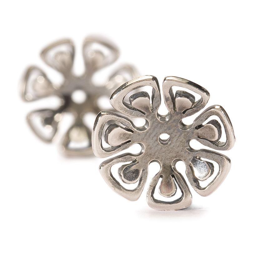 Graphic Flower Earrings