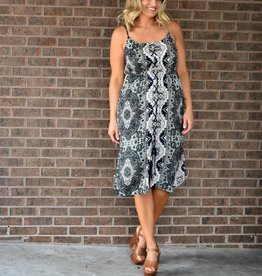 Cupcakes &Cashmere Ink Tapestry Tile Print Midi w/Lace Up Front