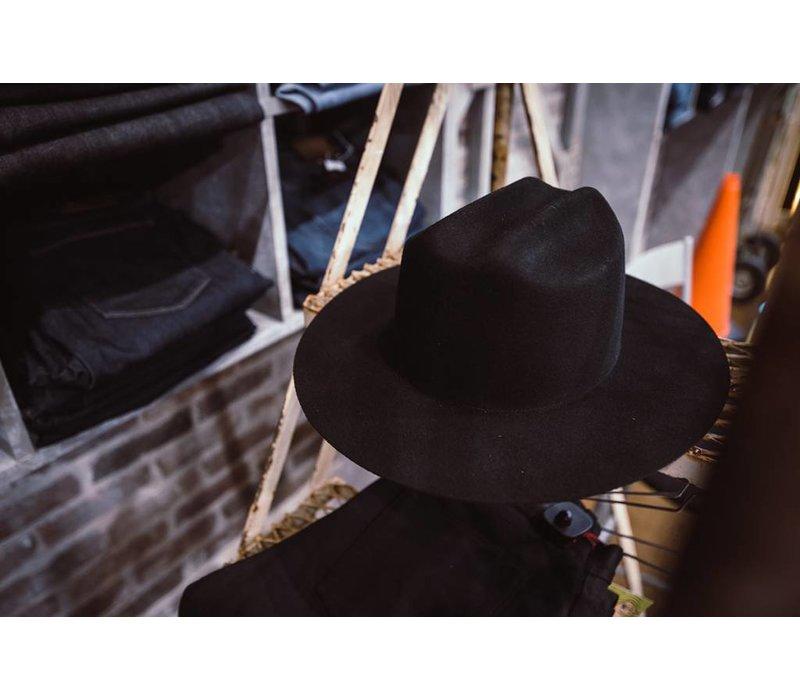 Willie B Single Cowboy