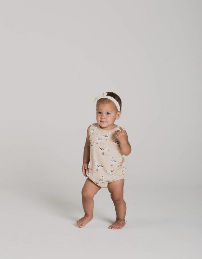 Rylee and Cru seagulls bubble- pearl