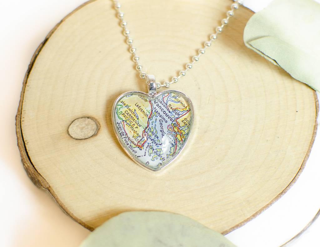 Nest 19 Victoria Map Heart Necklace