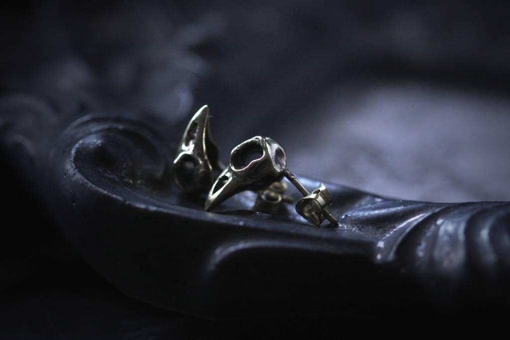 Defy (DT) Brass Raven Skull Studs