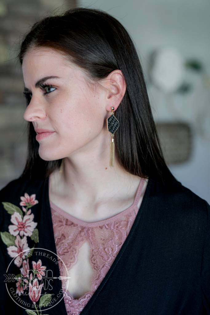 Black Willow Earring