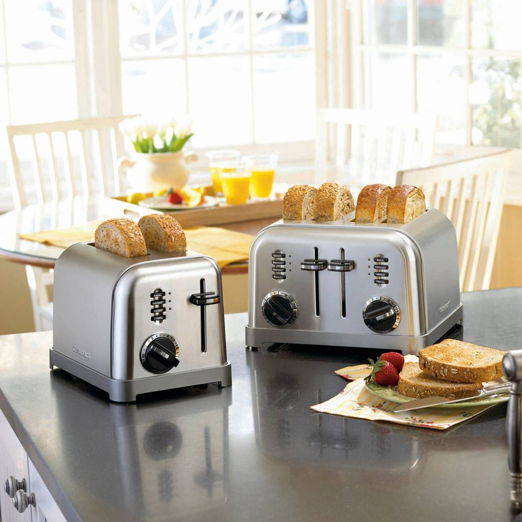 CPT-180 Metal Classic 4-Slice Toaster / Brushed Stainless (90 Days Warranty)