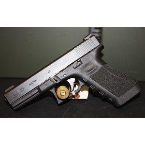 Glock Glock 22  40 S&W (w/ 2 Mags)