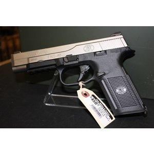 FN Herstal FN Herstal FNS-40 Pistol (40 S&W) w/ 3 Mags & Case
