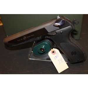 Smith & Wesson Steyr Mod. GB 9mm Para (w/ 2 Mags)