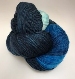 Purl Diver Collection Blue Lips Adorn Luxe