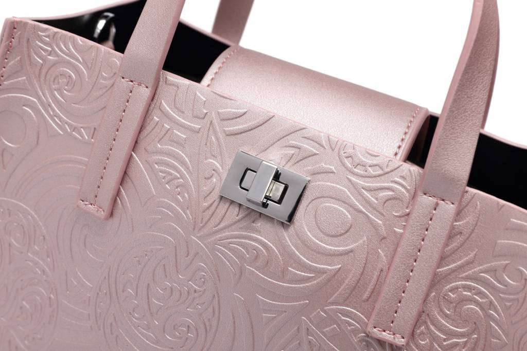 Crossbody Annie Tapa Pineapple Embossed Pink