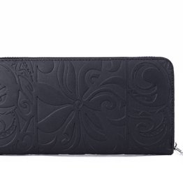 Happy Wahine Wallet Kaylee Tapa Tiare Embossed Black